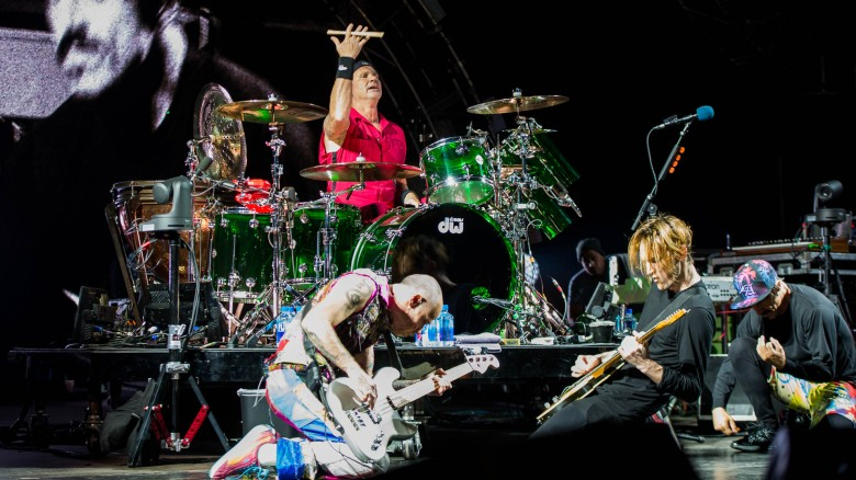red_hot_chili_peppers_live_rock_am_ring_2016-1