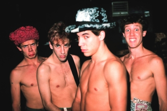 MINNEAPOLIS, MN - JANUARY: Rock band Red Hot Chili Peppers (L-R) Flea, Hillel Slovak, Anthony Kiedis, Jack Irons pose for a portrait backstage at First Ave Nightclub in Minneapolis, Minnesota after their show in January 1987. (Photo by: Jim Steinfeldt/Michael Ochs Archives/GettyImages)